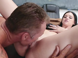 Brunette coed thinks sex is rub-down the best way to thank muscled teacher