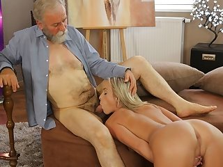 OLD4K. Experienced teacher doesn't waste chance to fuck